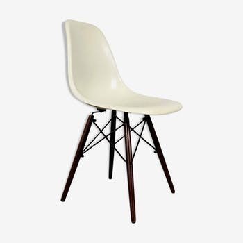 DSW chair by Charles and Ray Eames for Herman Miller, 1980