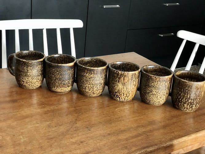 Ensemble de 6 mugs vintage