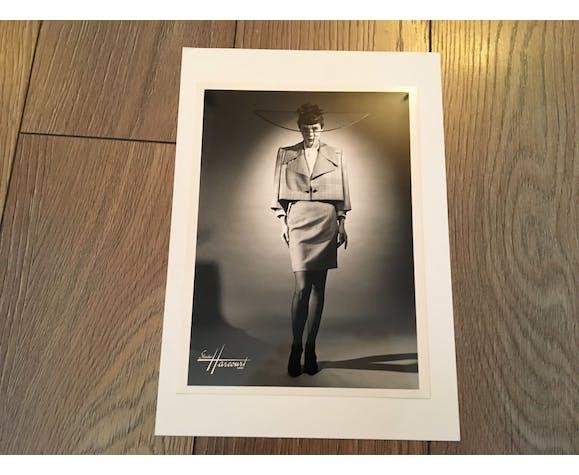 """Paco rabanne: illustration de mode """"collection été 1991 """" et superbe photographie du Studio Harcourt de presse vintage"""