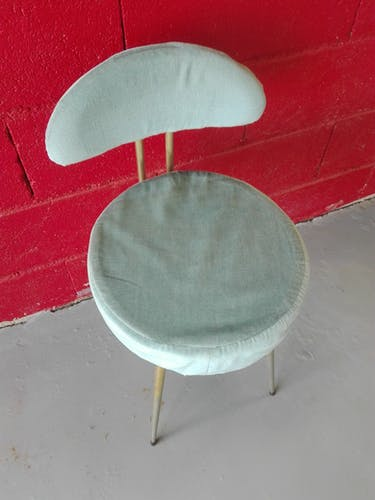 Blue velvet pelfran chair