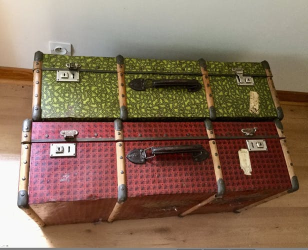Lot of great vintage luggage size