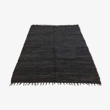 Tapis indien en cuir  122x184cm