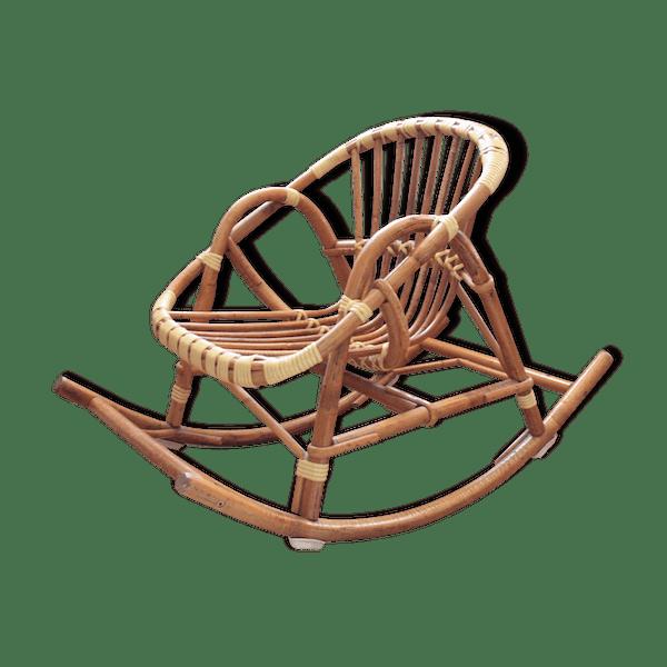fauteuil enfant bascule gallery of siege a bascule bebe chaise fauteuil enfant latest ikea. Black Bedroom Furniture Sets. Home Design Ideas