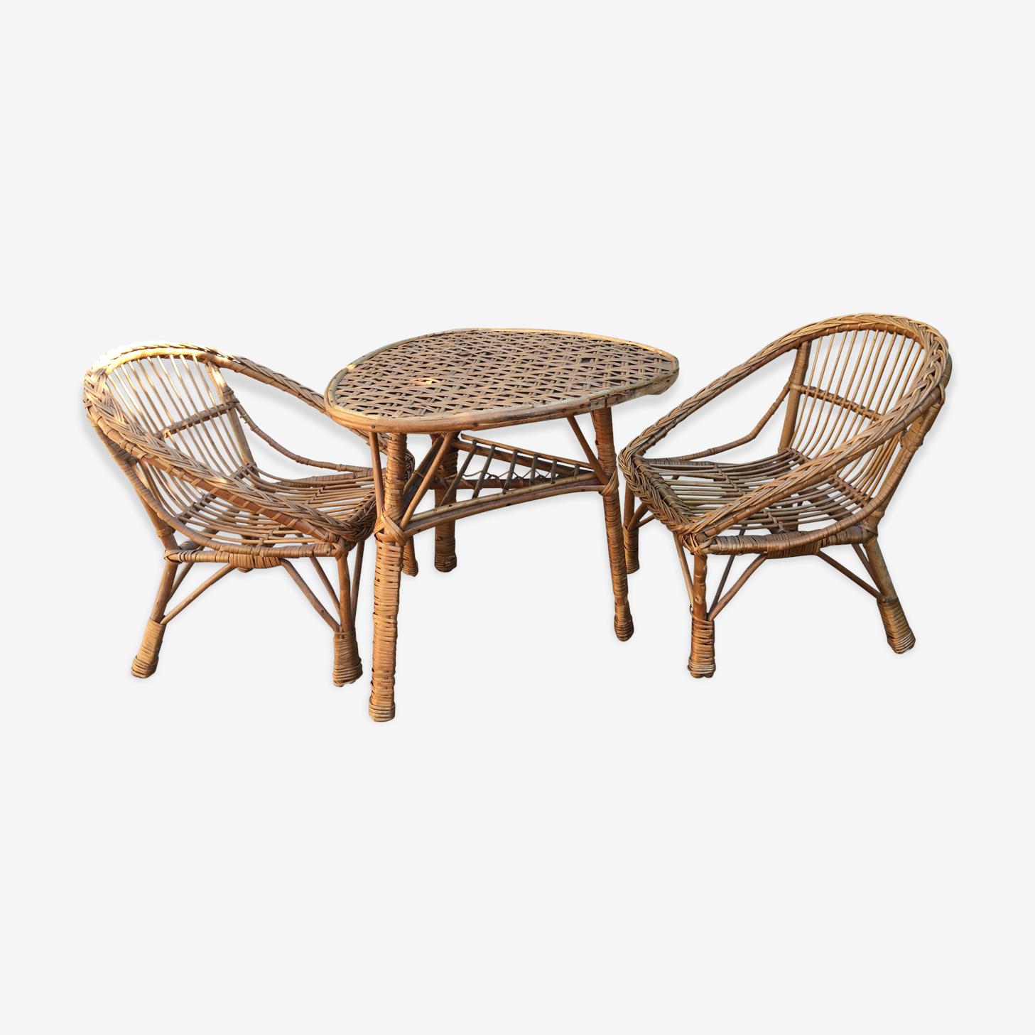 Ensemble fauteuils et table en rotin