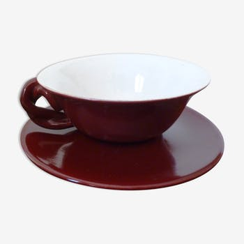 Cup twisted handle and saucer