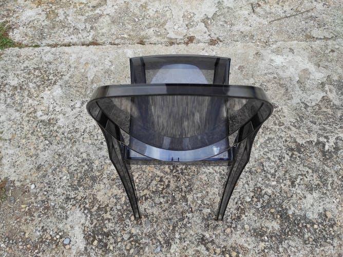 Chaise Victoria Ghost design Starck éditée par Kartell