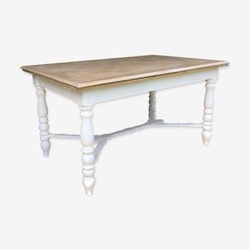 Table à manger blanche et bois