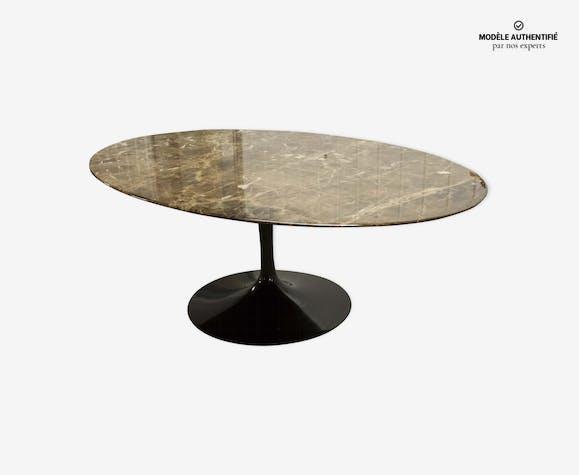 Table Basse Ovale Par Eero Saarinen Pour Knoll Marbre Marron