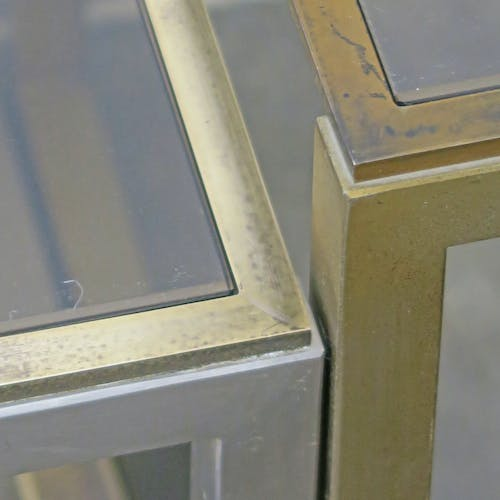 Pull out tables