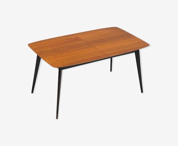 Table conçue par Alfred Hendrickx et fabriquée par Belform 1958