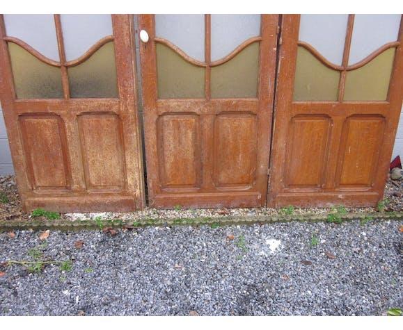 Séparation de 3 portes des années 20