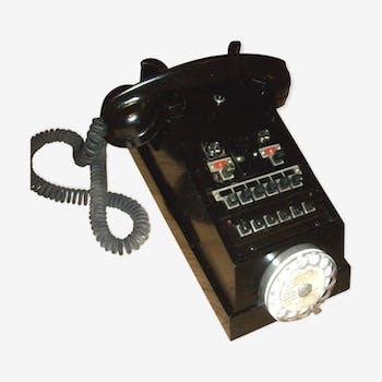 Téléphone à cadran  noir  années 1960