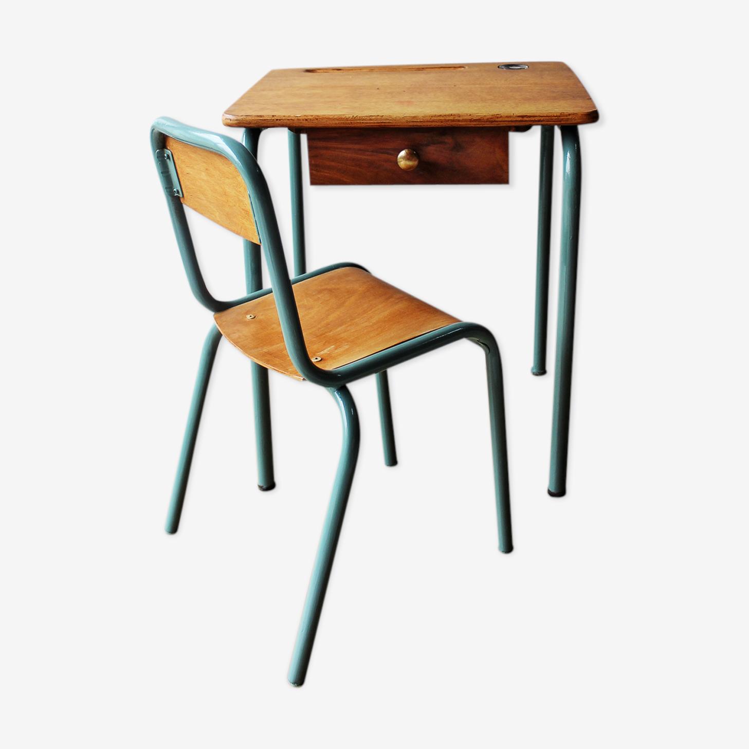 Petit bureau ancien et sa chaise