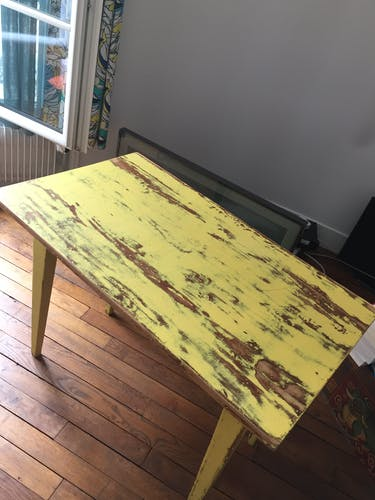 Farm table 1 aged yellow drawer