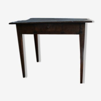 Table style campagnard