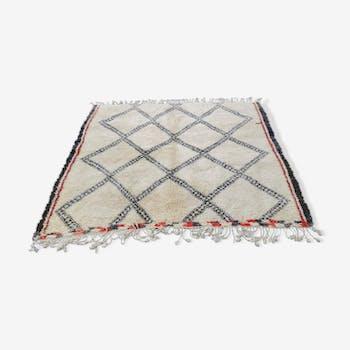Tapis beni ouarain berbere en laine fait main 190x200 cm