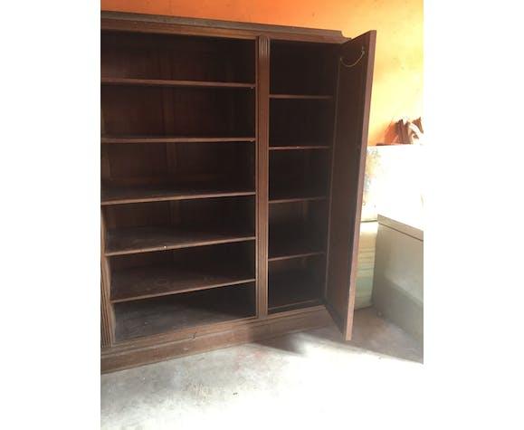 storage cabinet,