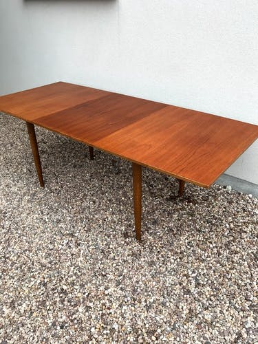Table extensible 1970