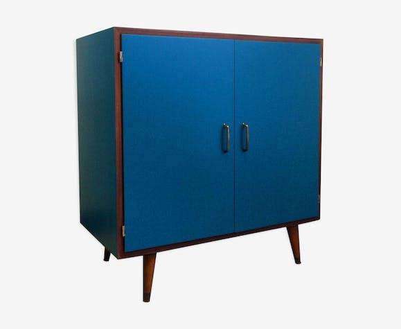 petit buffet meuble de rangement scandinave en teck bleu. Black Bedroom Furniture Sets. Home Design Ideas