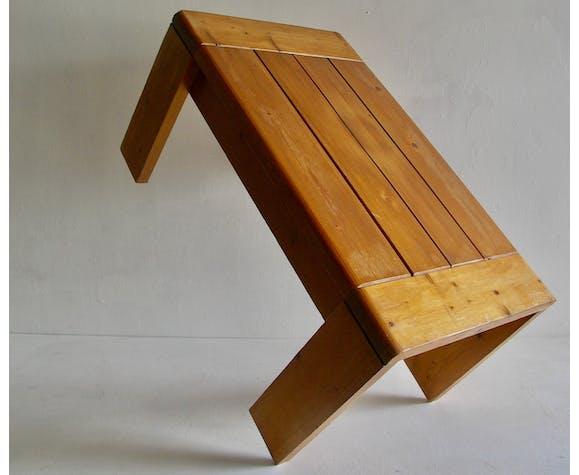Table basse les arcs par Charlotte Perriand