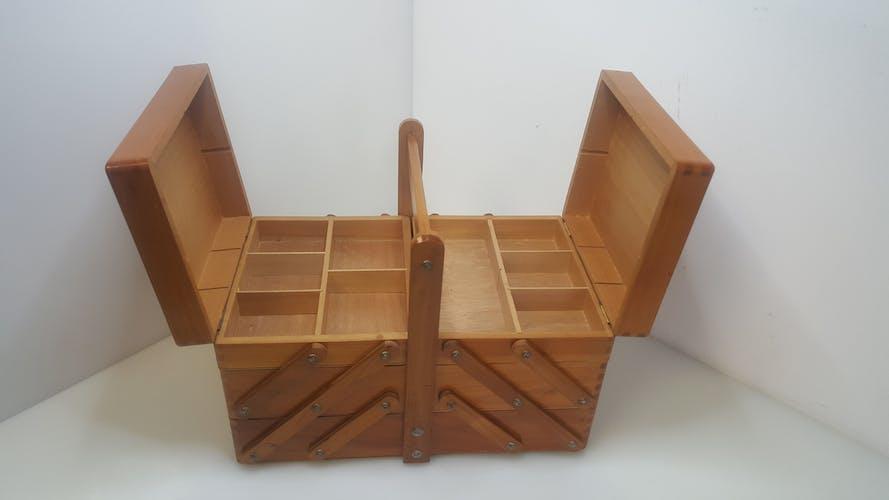 Travailleuse en bois vintage à poser