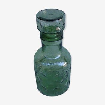 Carafe bouteille verre alcool bistrot