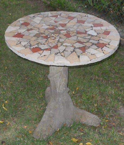Table de jardin en ciment pied forme tronc
