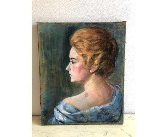 Old portrait of woman