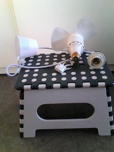 Ventilateur à douille ampoule