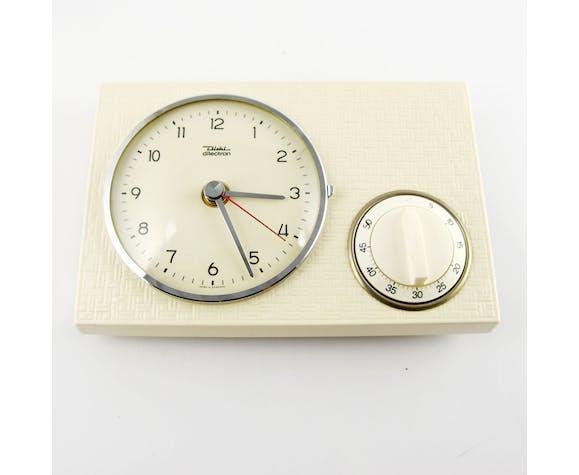 Horloge De Cuisine En Ceramique Avec Une Minuterie Par Diehl