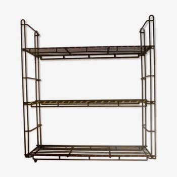 Etagere style string