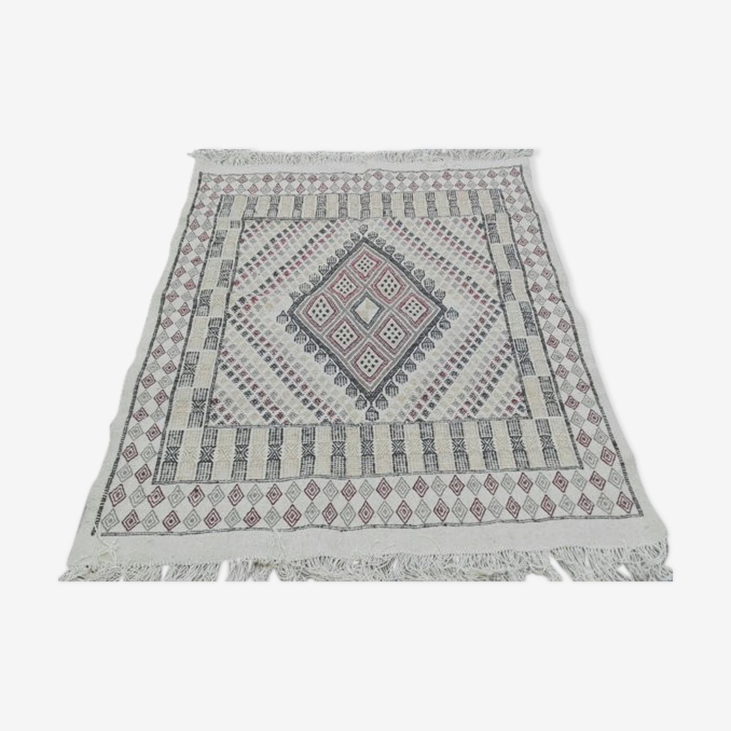 Tapis kilim berbère marocain en laine fait main 130x186cm