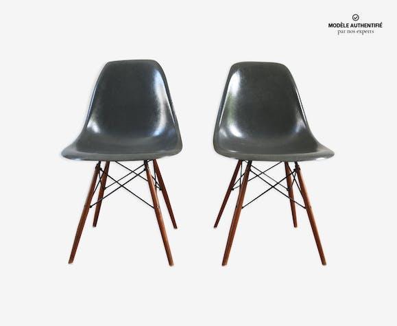 Paire de chaises DSW par Charles & Ray Eames pour Herman Miller années 60
