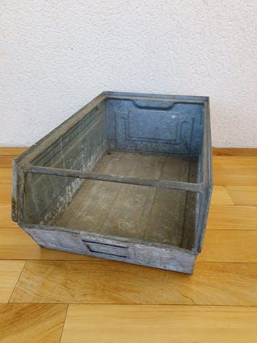 Industrial metal case