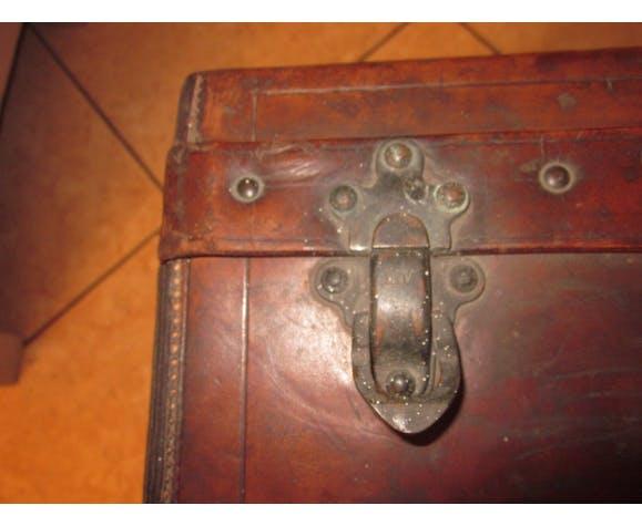Valise ancienne en cuir Louis Vuitton