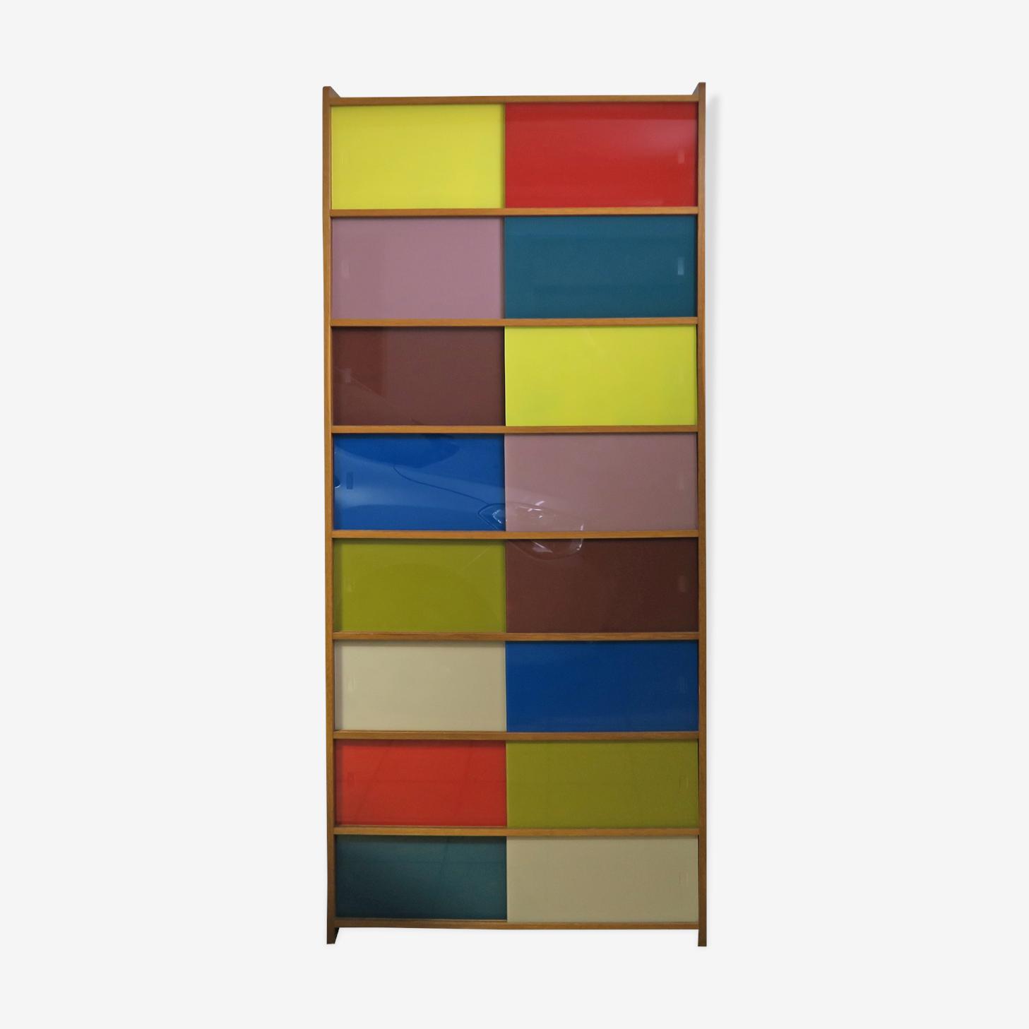 Bibliothèque Meuble de rangement en couleur