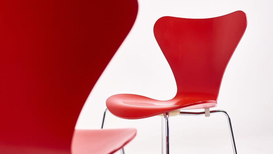 """Suite de six chaises 3107 """"Butterfly"""" par Arne Jacobsen pour Fritz Hansen"""