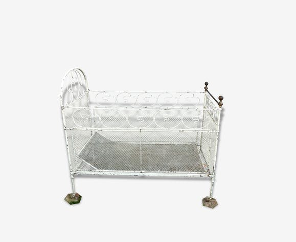 lit banquette fer forg ancien m tal blanc classique. Black Bedroom Furniture Sets. Home Design Ideas