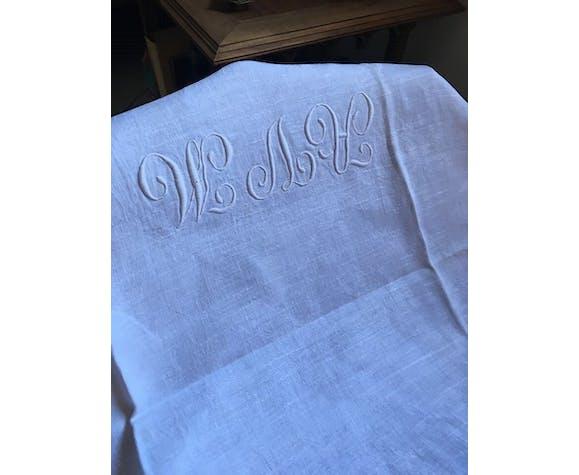 Monogrammed damask table A V M