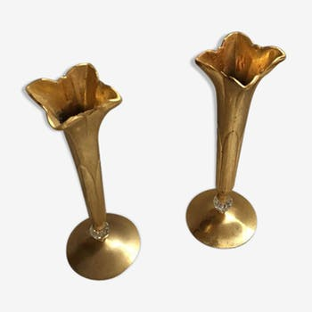 Pair of candlesticks Scandinavian style in the shape of lilies