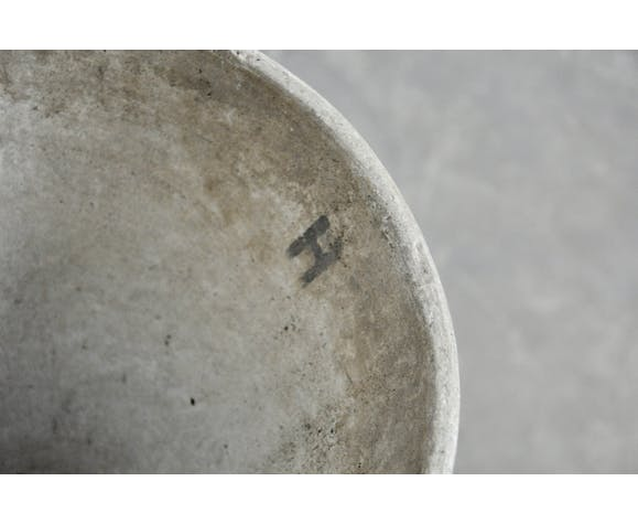 Anton Bee design diabolo basin assisted by Willy Guhl 1970