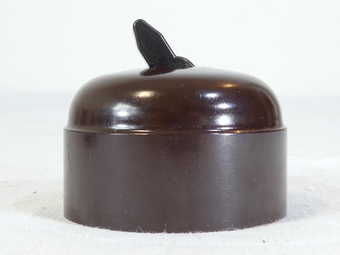 Interrupteurs et '' va et vient '' en bakelite vintage