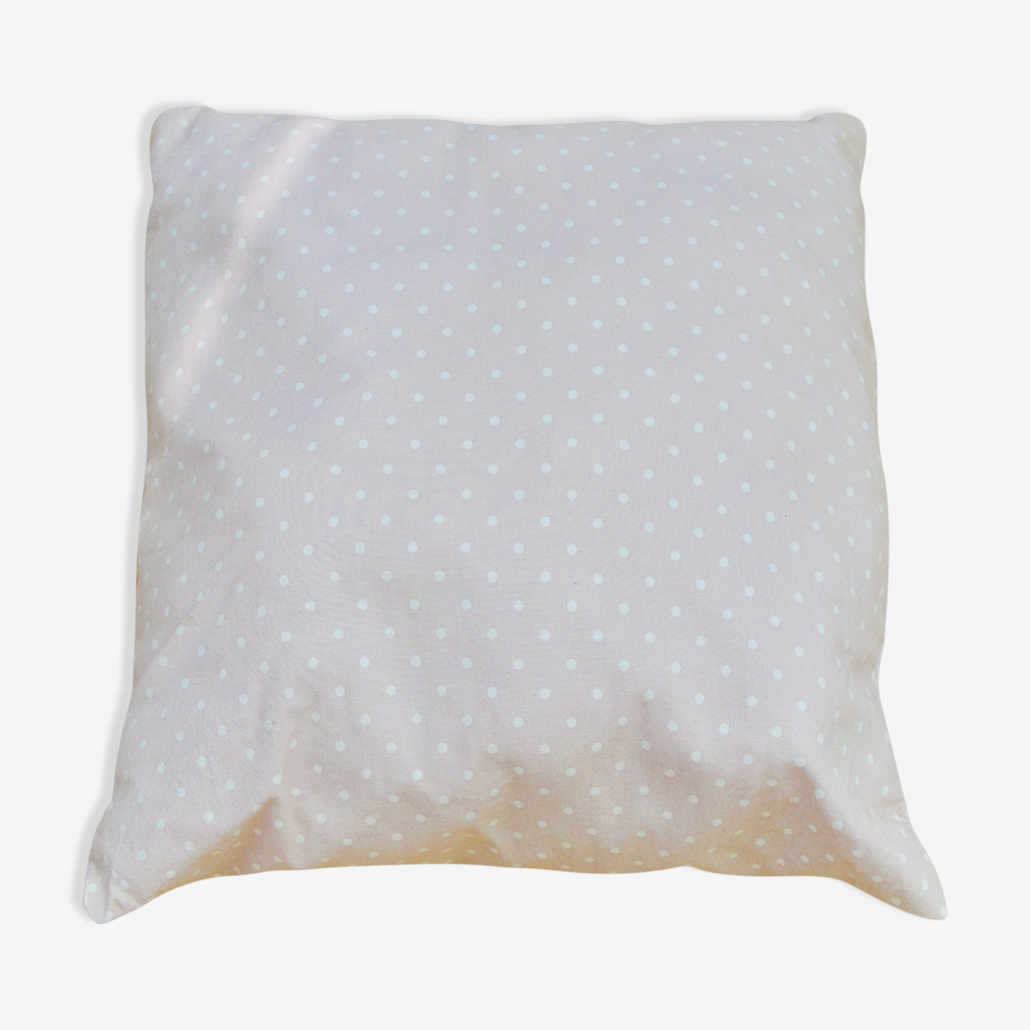 Cushion square pale pink with white polka dots
