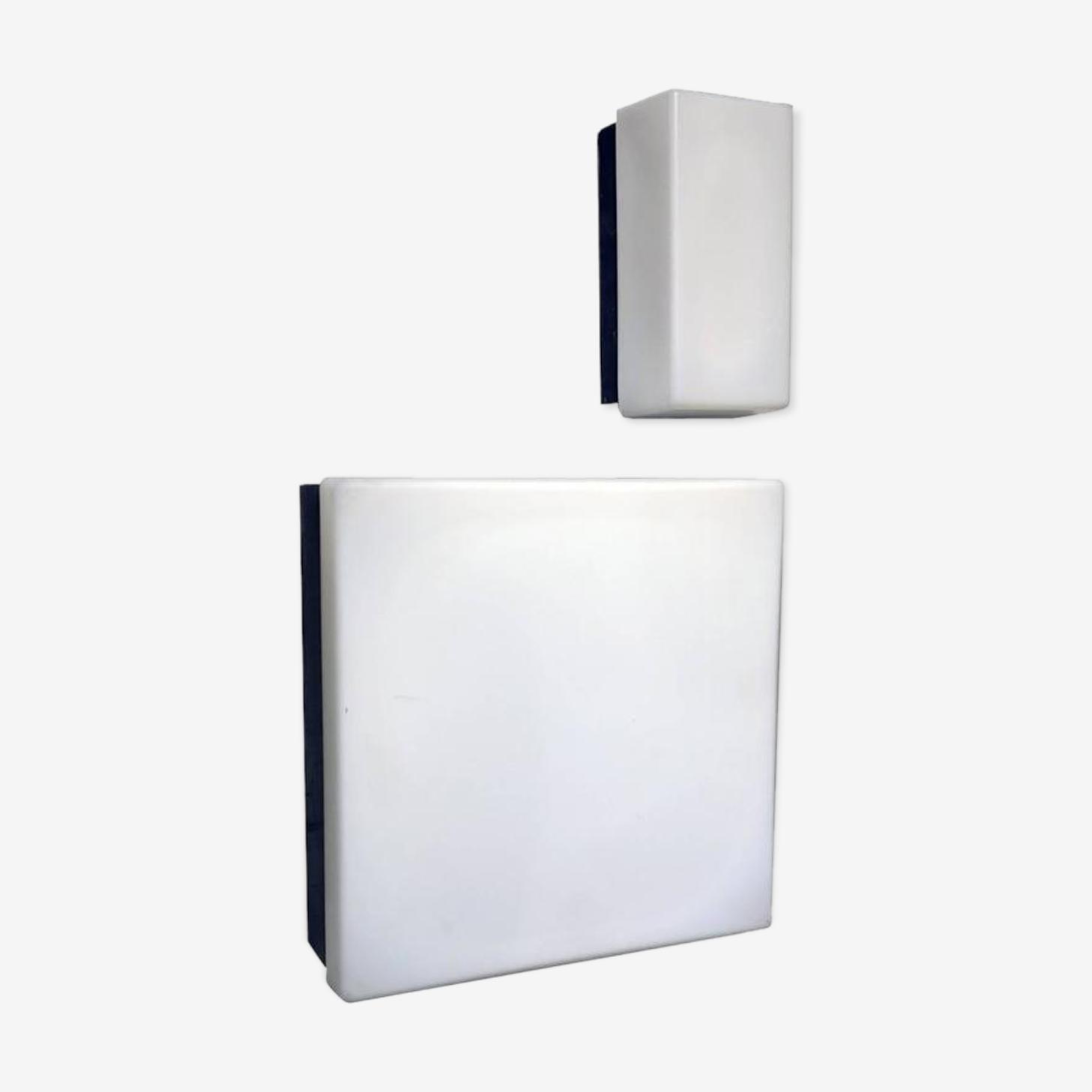 Paire d'appliques blanches en opaline dans le style de Gino Sarfatti