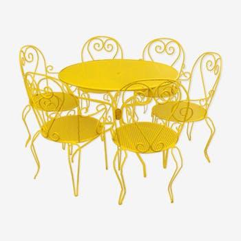 Salon de jardin en fer forgé jaune