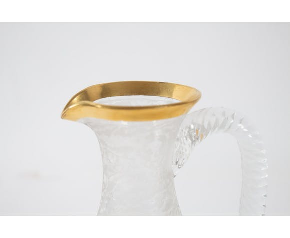 Engraved and golden crystal carafe with ice tank