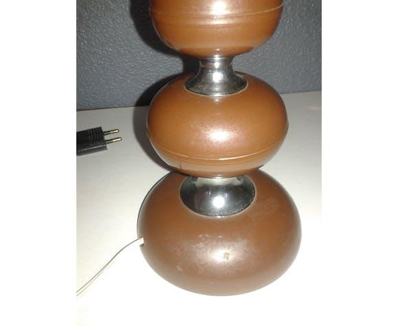Table lamp seenties, bakelite foot