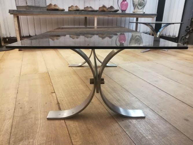 Table basse en acier brossé et verre fumé