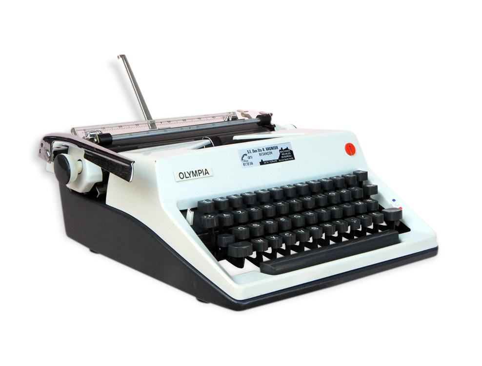 Machine à écrire OLYMPIA ROYAL SM9 en coffret années 1960
