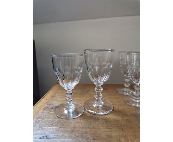 10 verres en cristal